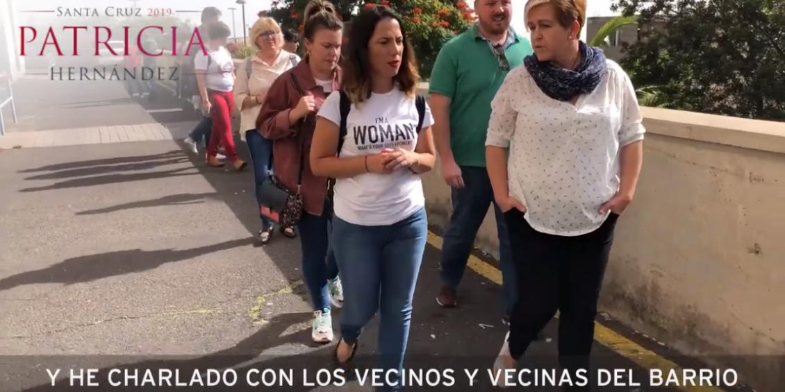 Patricia Hernández recorre el barrio de San Pío con sus vecinos