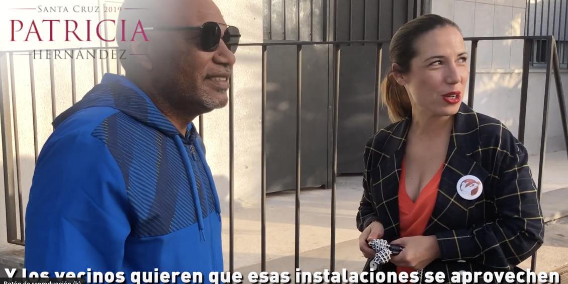 Patricia Hernández recorre La Cuesta Piedra con los vecinos