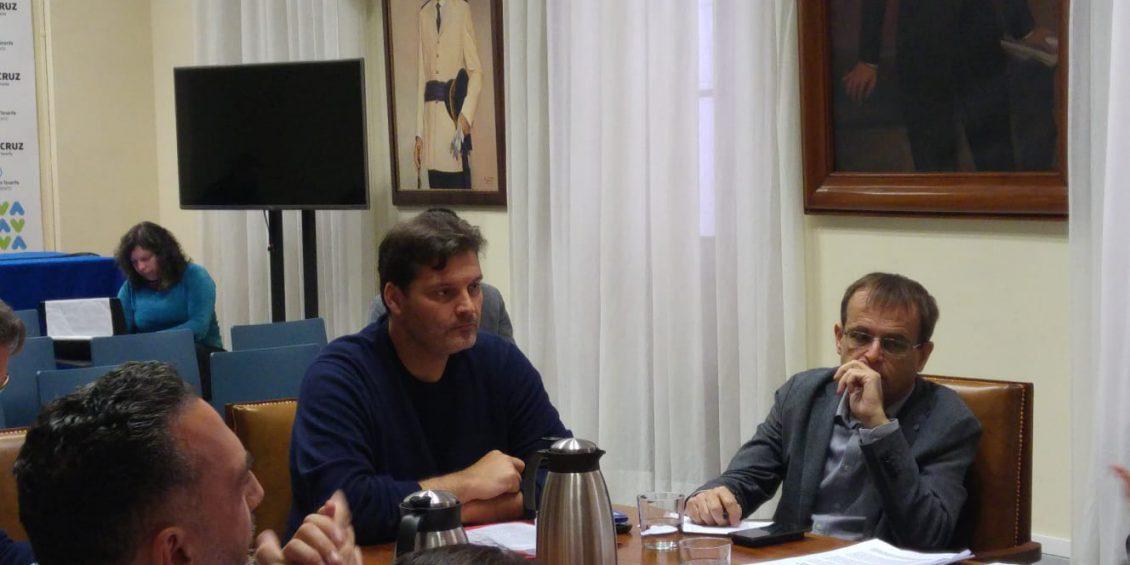 José Ángel Martín durante una comisión de control