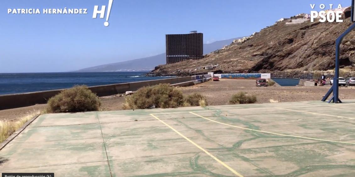 Patricia Hernández en la costa de Añaza y sus propuestas para el litoral