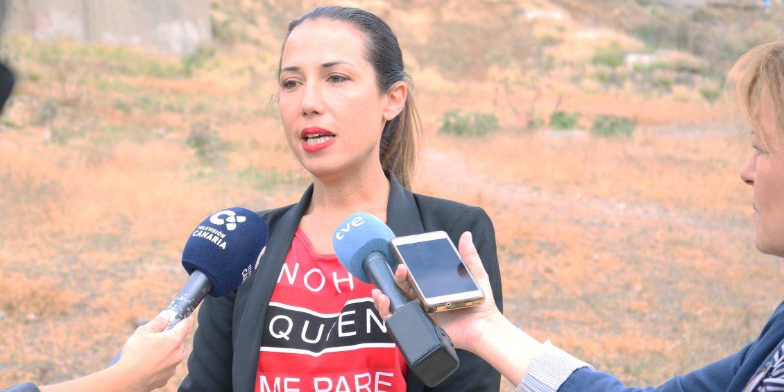 Patricia Hernández se compromete a poner en marcha 1.100 aparcamientos en La Salud, 700 en Los Gladiolos y 700 en Ofra