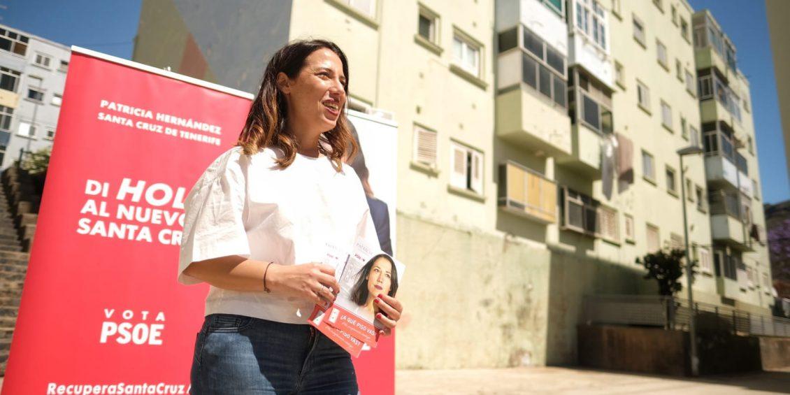 Hernández presenta su plan de ascensores para que deje de haber chicharreros atrapados en sus viviendas