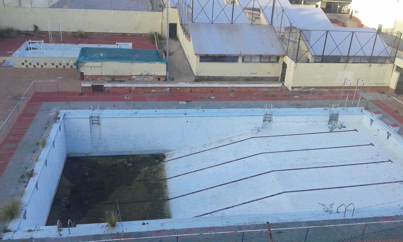 piscina-colegio-Las-Delicias-1
